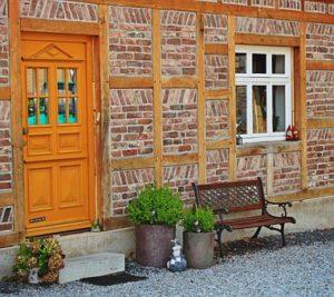 Choisir une porte en bois