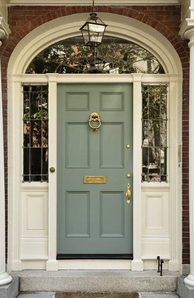 Portes d'entrées et extérieur